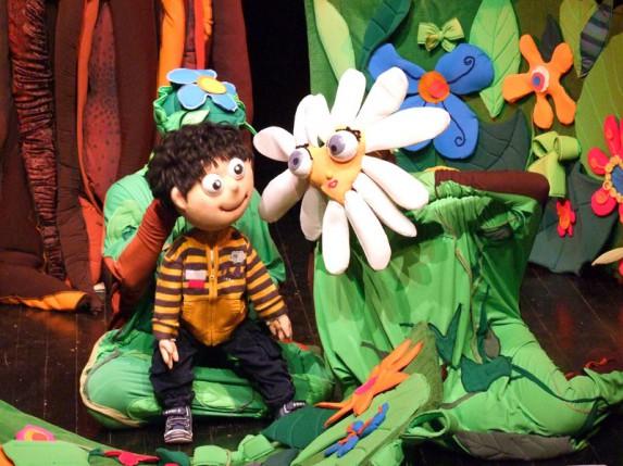 Predstava za decu: Pao s kruške