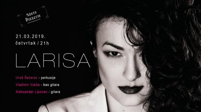 Akustična svirka: Larisa