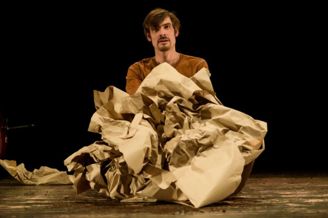 Predstava: Karton i karfiol