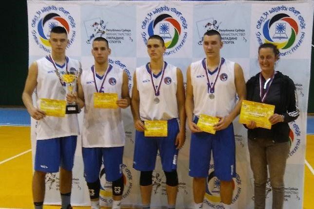 Basketaši Ekonomske škole vicešampioni Srbije za srednjoškolce