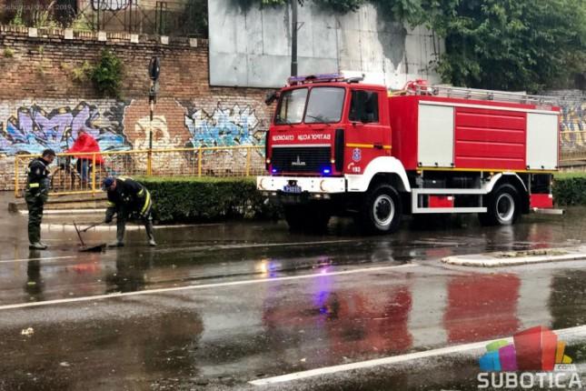 Pune ruke posla za vatrogasce-spasioce tokom protekle sedmice