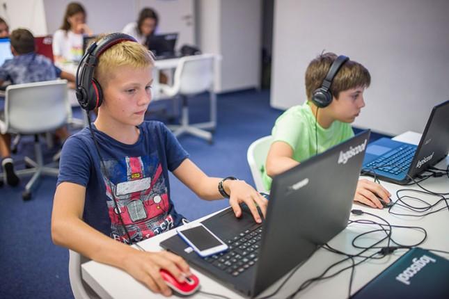 """Dani otvorenih vrata u školi programiranja za decu """"Logiscool"""""""