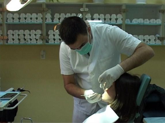 Besplatan zubar za nezaposlene