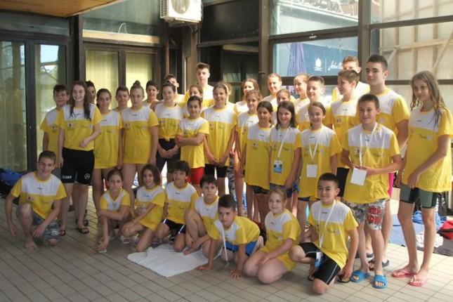 Plivanje: Spartakovi osnovci i srednjoškolci osvojili 18 medalja na VIII SOŠOV-u
