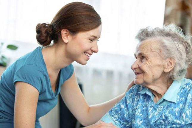 Počela obuka za gerontodomaćice