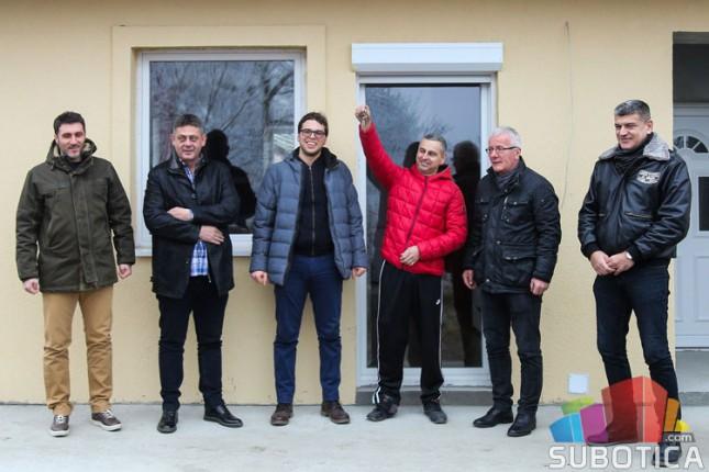 Porodica Zurovac konačno u novom domu