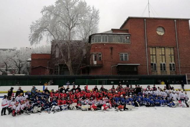 """Hokej na ledu: Održan jubilarni, 10. """"Spartans"""" za U8 i U10 selekcije"""