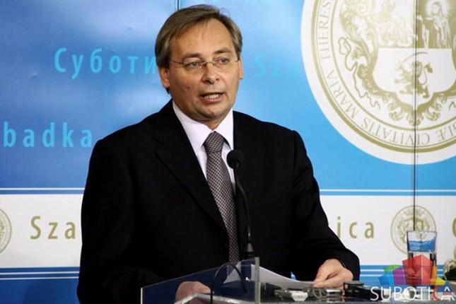 Maglai: Još 100 članova biće isključeno iz SVM