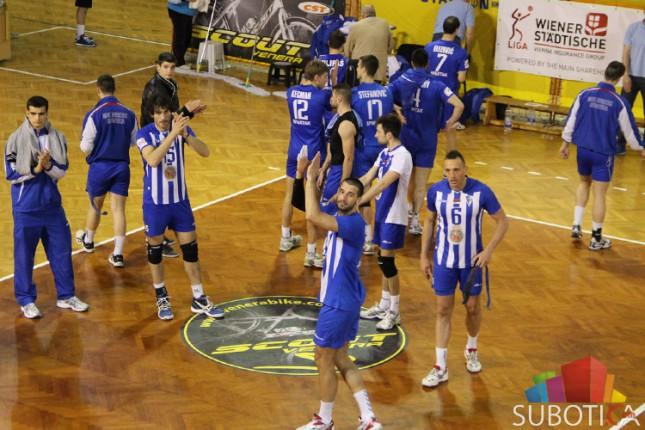 Odbojkaši Spartaka posle  trećeg poraza od Inđije napustili Super ligu