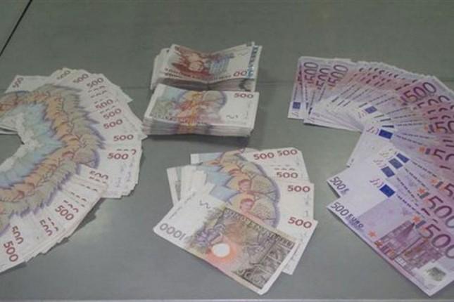 Na Horgošu sprečen nelegalan unos švedskih kruna i evra