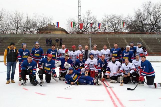 "Hokej: Slovenci odbranili tron na turniru veterana ""Winter Classic 2018"""