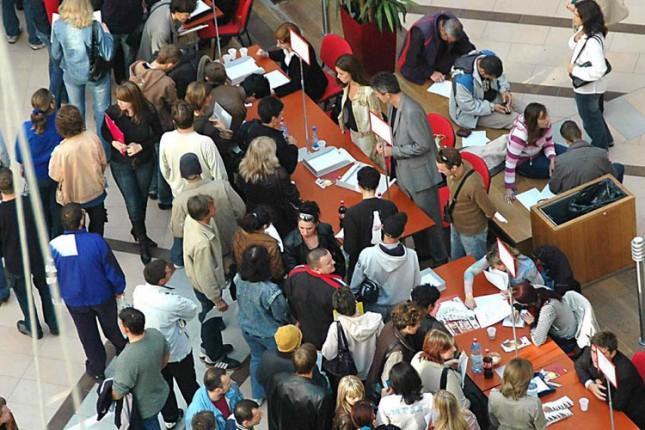 Nastavak smanjenja broja nezaposlenih prema evidenciji NSZ