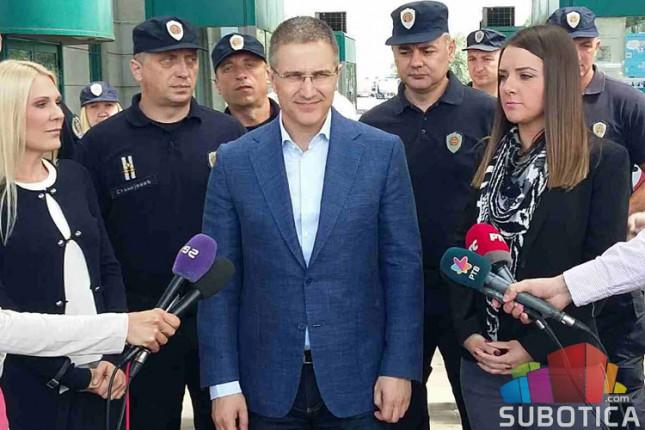 Nebojša Stefanović na graničnom prelazu Horgoš