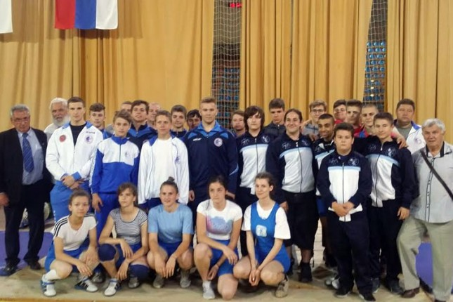 Pet medalja dizača tegova Spartaka na Prvenstvu Vojvodine za juniore