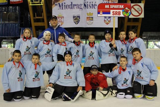 Hokejaši Spartaka (U8) najbolji na Međunarodnom turniru u Beogradu