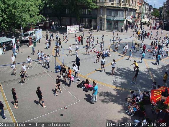 Odbojka na Trgu za vikend