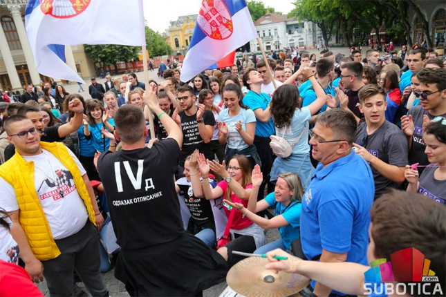 Maturanti Gimnazije proslavili kraj škole