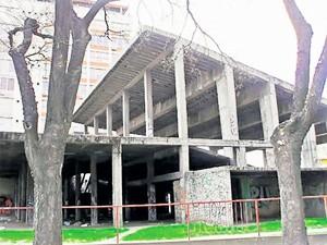 Uklanjanje betonskog skeleta kod Otvorenog univerziteta, na jesen?