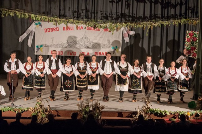 """Folkloraši u akciji """"Mi smo kultura i nasleđe Srbije"""" u subotu na Trgu slobode"""