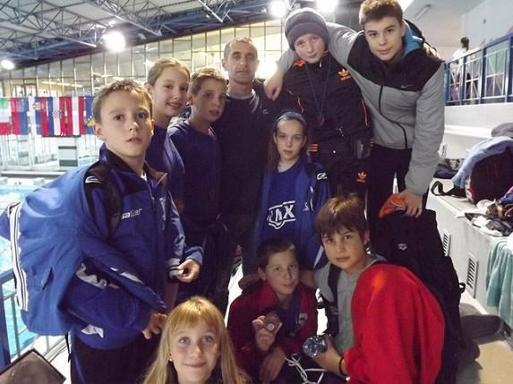 37 medalja i državni rekord za plivače Spartaka na mitingu u Sloveniji