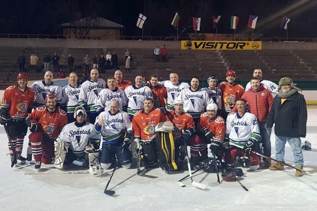 Hokej na ledu: Slovenci najbolji na 14. Međunarodnom turniru veterana, Spartaku treće mesto