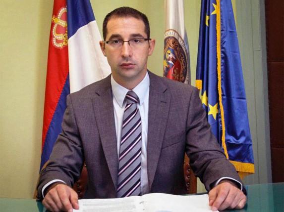 Dulić: Plate dole i za direktore Javnih preduzeća