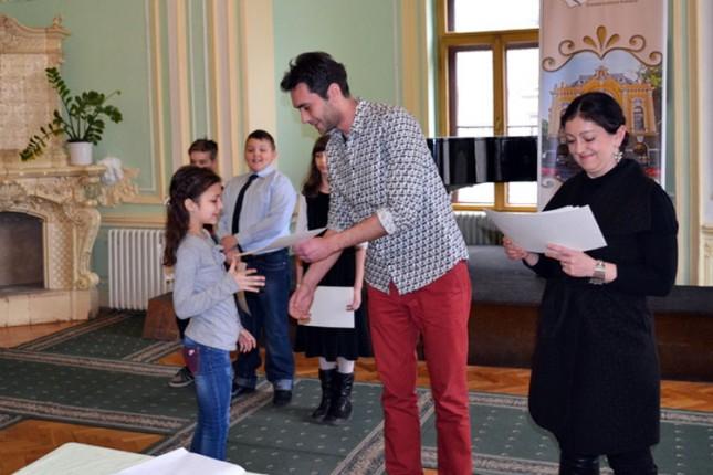 Održana smotra recitatora u Gradskoj biblioteci
