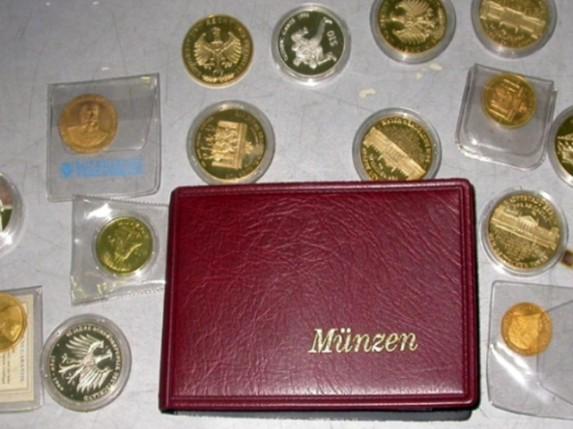 Carinici sprečili pokušaj krijumčarenja numizmatičke kolekcije
