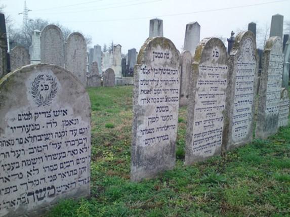 Jevrejsko groblje na meti vandala