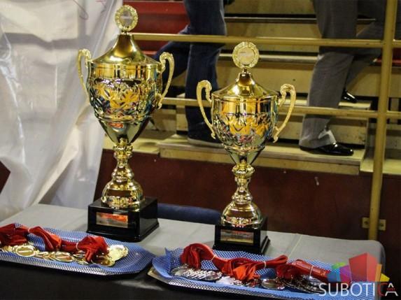 Odbojkašice večeras u bitci za prvu titulu šampiona Srbije