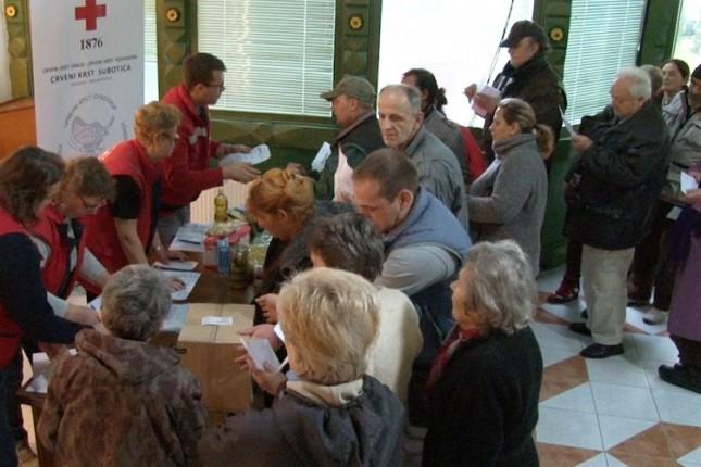 Podeljeno 2.400 paketa hrane socijalno najugroženijim građanima