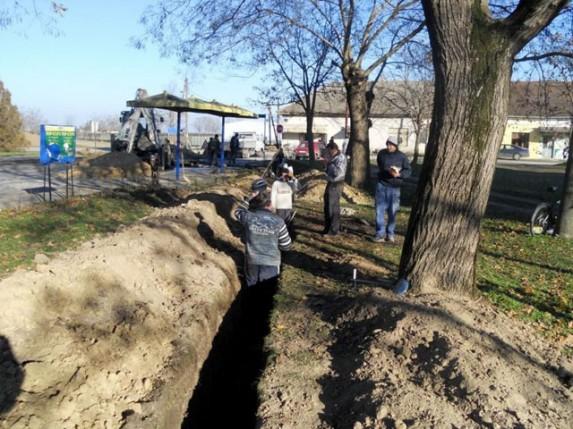 Gradi se kanalizacija u Starom Žedniku
