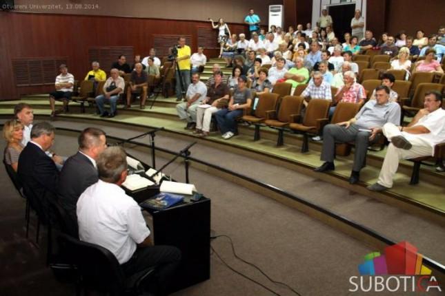 Subotički poljoprivrednici traže odlaganje roka za prinudnu naplatu