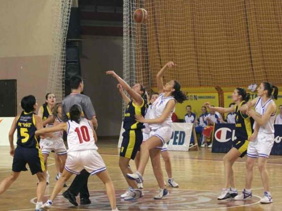 Pobeda košarkašica Spartaka protiv ekipe Stare Pazove (62:51)