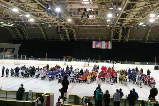 Hokej: Zapaženi nastupi mlađih selekcija Spartaka na turniru u Sarajevu