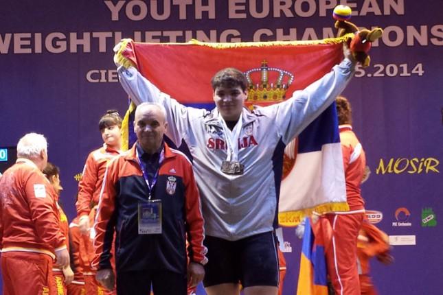 Dizač tegova Tamaš Kajdoči osvojio 3 medalje na Evropskom prvenstvu