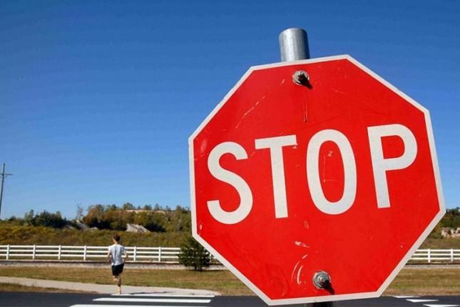 Krađa saobraćajnih znakova ugrožava učesnike u saobraćaju