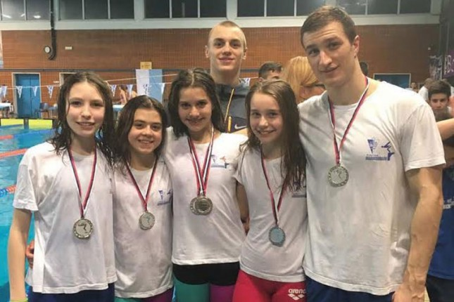 Plivači Spartaka-Prozivke osvojili 21 medalju na Zimskom prvenstvu Vojvodine