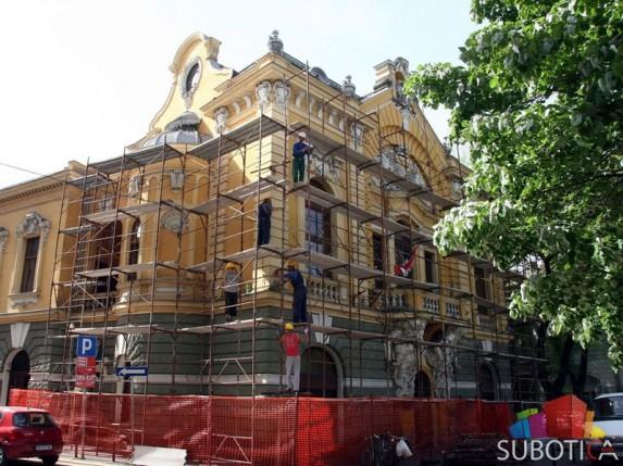 Počela popravka krova na Gradskoj biblioteci