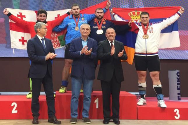 Dizanje tegova: Tamaš Kajdoči osvojio dve bronzane medalje na Evropskom prvenstvu