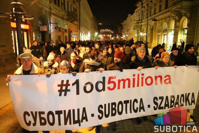 """Održan prvi protest """"1 od 5 miliona"""" u Subotici"""