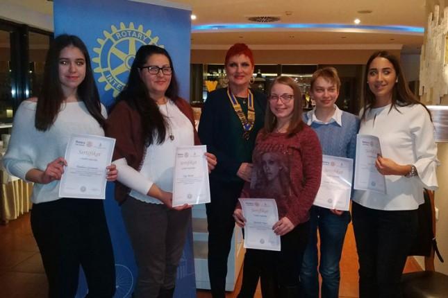 Rotari klub Subotica dodelio stipendije za učenike i studente