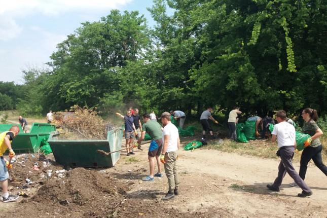 Zeleni Subotice nastavljaju akciju čišćenja Kelebijske šume