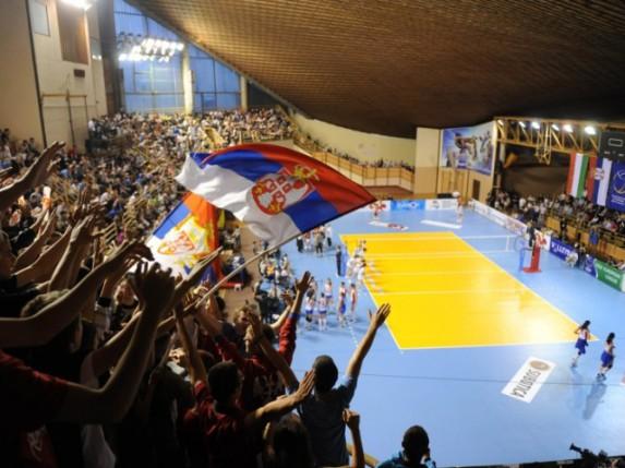 Pobeda odbojkašica Srbije uz rekordnu posetu u Hali sportova