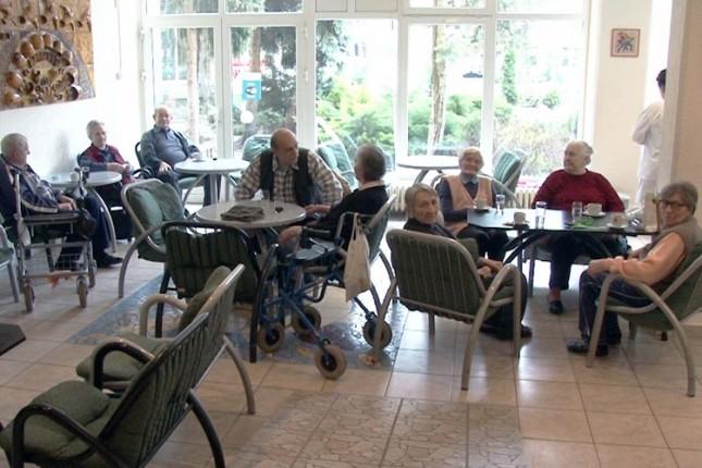 Ne odustaju od peticije za očuvanje gerontološkog kluba