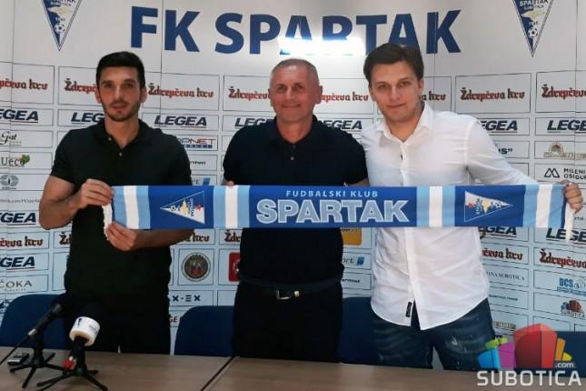 Fudbal: Spartak zvanično predstavio Gaćinovića i Buača