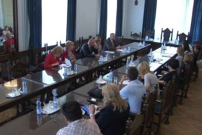 Odžana diskusija povodom Međunarodnog dana borbe protiv nasilja nad starim osobama