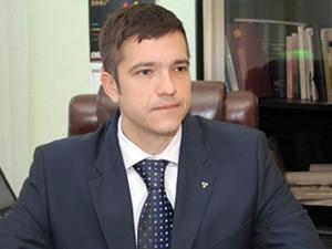 Traže Korhecovu ostavku