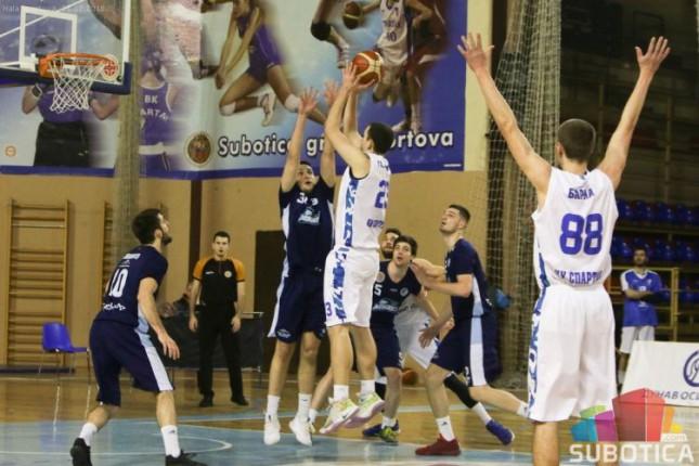 Košarka: Spartak poražen od Mladosti (82:88)