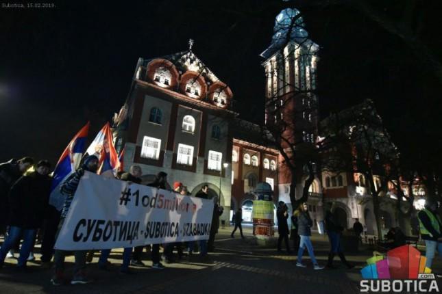 """Na drugoj protestnoj šetnji """"1 od 5 miliona"""" učestvovalo oko 500 građana"""